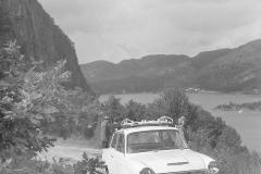 På biltur til Augland 28. juni 1964.Ford Cortina